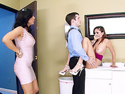 MILF Isis Love and hot babe Ariana Marie in epic threesome sex