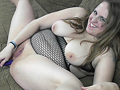 Plump MILF Alexsis Sweet bangs her ass with a toy