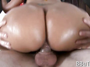 Sexy chicks get pounded