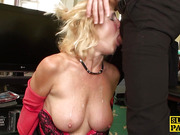 Busty amateur sub gives maledom a sloppy blow