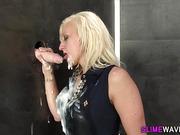 Wam lesbian licks pussy