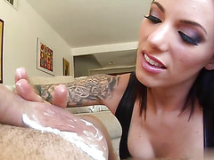 Juelz Ventura gets facial cumshot