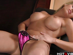 Blondie playing with her pussy