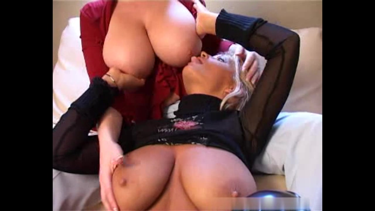 Huge Natural Tits Milf Solo