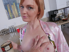 Fucking stepmom nice and quick for my breakfast