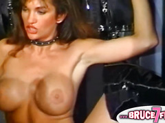 This classic porn shows two lesbian bombshells