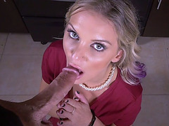 My MILF stepmother gets on her knees for breakfast