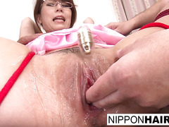 Asian maid is tied up and sweetd to cum