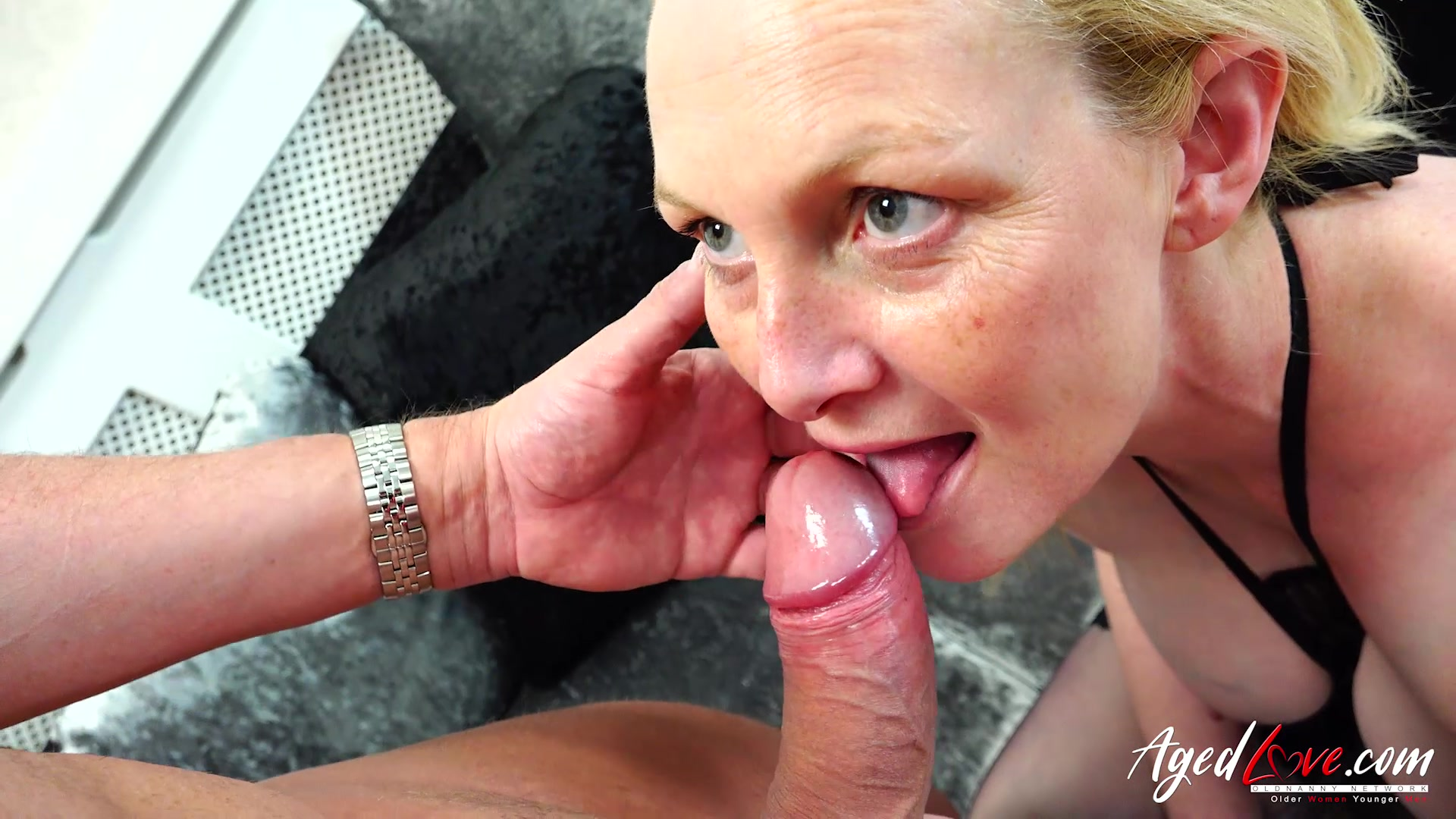 Hot nacked man and women sex