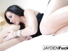 Jayden Jaymes rubs her tight hole