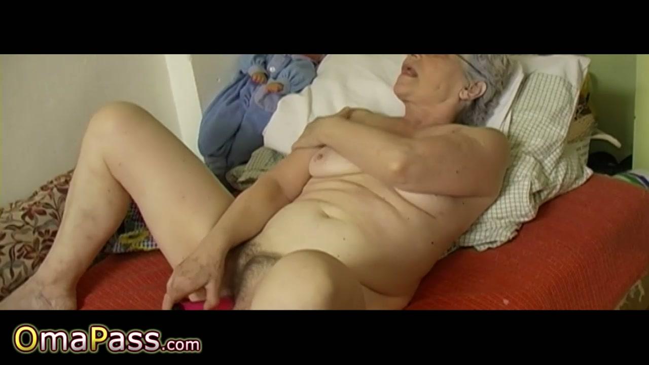 Hd Oiled Pussy Masturbation