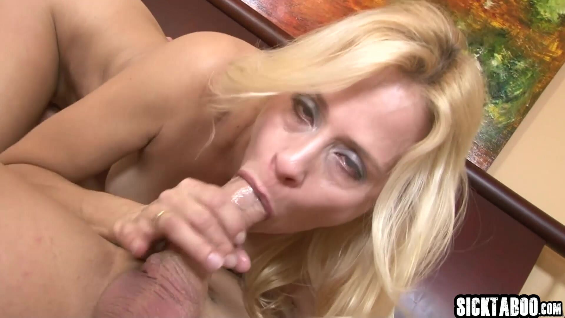Eager Girlfriend Really Wanted a Dick