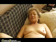 OmaPass Granny with dildo