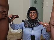 Sexy Mia Khalifa loves hard cock
