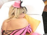 Hot blonde enjoys having a cock in her super beautiful gape!