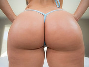 Keisha Grey has a plump juicy ass and tits to match