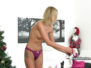 Hot casting agent in lesbian action