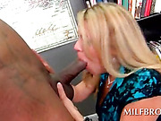 Perky MILF showing her dick sucking ssweets